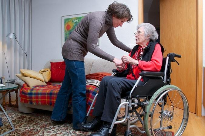 Häusliche Pflege und 24 Stunden Betreuung durch professionelle polnischen Pflegekräfte.