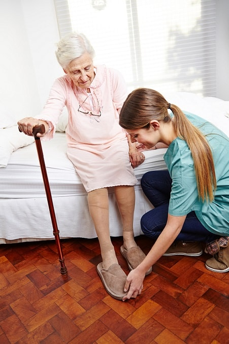 Polnische Pflegekräfte betreuen Sie 24 Stunden im eigenen zu Hause