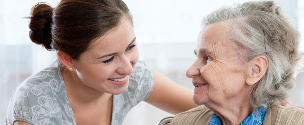 24 Stunden Pflege und Betreuung mit polnischen Pflegekräften. Altern in Würde mit professioneller Seniorenbetreuung von Autumn Care