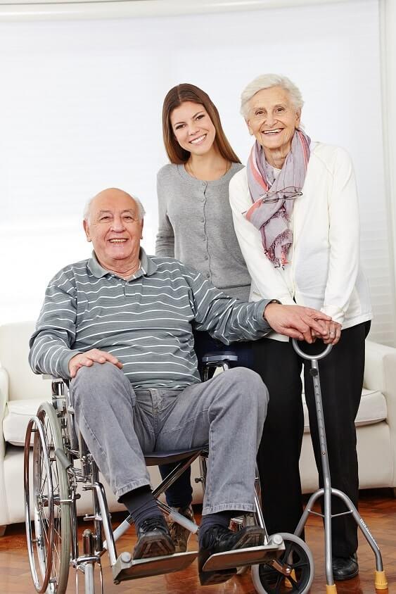 24 Stunden Pflege aus Polen: Lassen Sie Ihre Angehörigen in Würde altern mithilfe einer 24h Betreuung zu Hause.